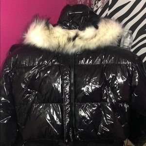 Black trendy bubble coat